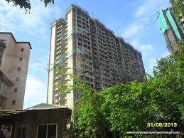 Gallery Cover Image of 1305 Sq.ft 3 BHK Apartment for rent in Raheja Serenity, Kandivali East for 42000