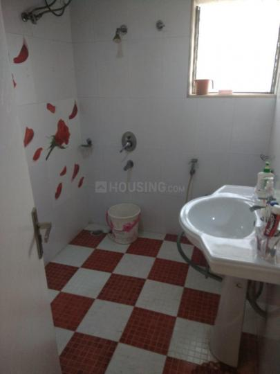Bathroom Image of 600 Sq.ft 1 BHK Apartment for rent in Marine Lines for 75000