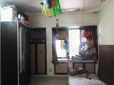 Gallery Cover Image of 355 Sq.ft 1 RK Apartment for buy in Kandivali West for 4100000