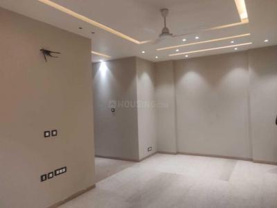यूनिटेक  निरवाना कंट्री सीडर क्रेस्ट, सेक्टर 50  में 4  खरीदें  के लिए 50 Sq.ft 4 BHK इंडिपेंडेंट फ्लोर  के लिविंग रूम  की तस्वीर