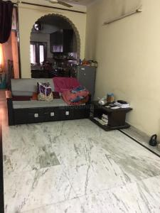 Gallery Cover Image of 1100 Sq.ft 2 BHK Independent Floor for rent in Pitampura for 16500
