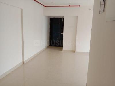 Gallery Cover Image of 1100 Sq.ft 2 BHK Apartment for rent in Kandivali West for 35000