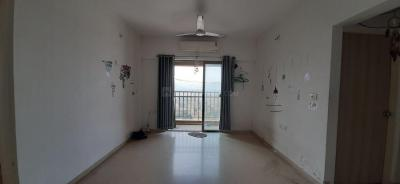 Gallery Cover Image of 995 Sq.ft 3 BHK Apartment for rent in River View, Palava Phase 1 Nilje Gaon for 14500