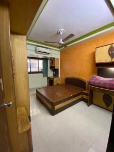 Gallery Cover Image of 1040 Sq.ft 2 BHK Apartment for buy in Kopar Khairane for 11200000