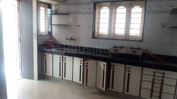 Kitchen Image of 2450 Sq.ft 3 BHK Villa for rent in Thaltej for 30000