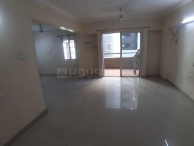 Gallery Cover Image of 1050 Sq.ft 2 BHK Apartment for rent in Raviraj Yellow Blossoms, Ghorpadi for 25000