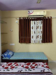 ऐरोली में सनराइज़ के बेडरूम की तस्वीर