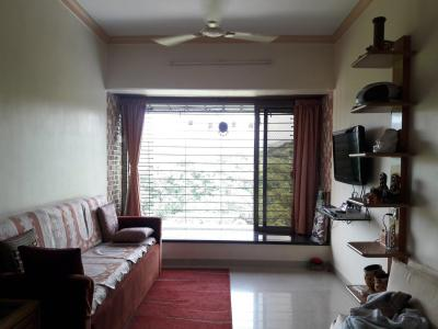 Gallery Cover Image of 900 Sq.ft 2 BHK Apartment for rent in Borivali East for 48000