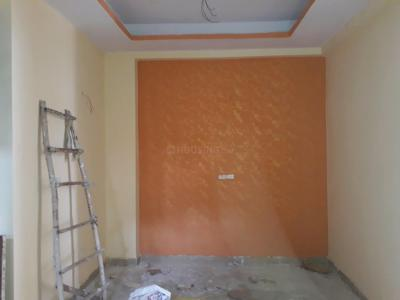 Gallery Cover Image of 850 Sq.ft 2 BHK Apartment for rent in Sector 121 for 7500