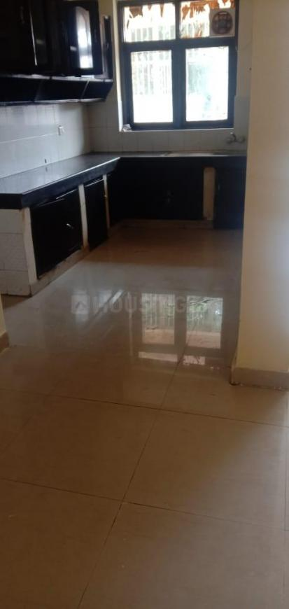 Kitchen Image of 1900 Sq.ft 3 BHK Apartment for rent in Sigma IV Greater Noida for 10000