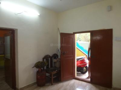 Gallery Cover Image of 1000 Sq.ft 2 BHK Independent Floor for rent in Velachery for 13000
