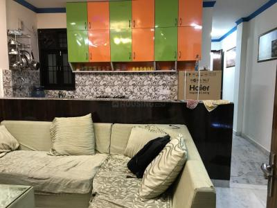 Gallery Cover Image of 650 Sq.ft 2 BHK Independent Floor for rent in Govindpuri for 15500