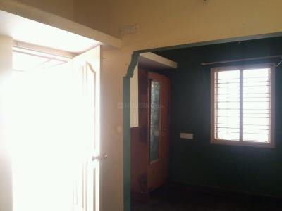 Gallery Cover Image of 450 Sq.ft 1 BHK Independent Floor for rent in Ulsoor for 10000