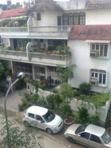 Gallery Cover Image of 1408 Sq.ft 3 BHK Independent Floor for buy in Eros Garden Villas, Sector 39 for 9500000