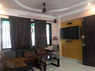 Gallery Cover Image of 800 Sq.ft 2 BHK Apartment for rent in KGN Palace, Bandra West for 75000