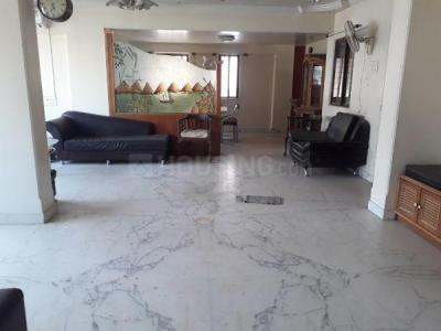Gallery Cover Image of 1900 Sq.ft 4 BHK Apartment for rent in Bibwewadi for 40000