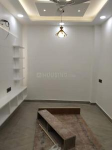 Gallery Cover Image of 650 Sq.ft 3 BHK Independent Floor for buy in Sector 7 Rohini for 9200000