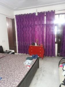 Gallery Cover Image of 1000 Sq.ft 3 BHK Apartment for rent in DLF Phase 4 for 65000