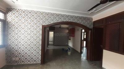 Gallery Cover Image of 1650 Sq.ft 3 BHK Apartment for rent in  Swagatam Apartments, Sector 62 for 20000