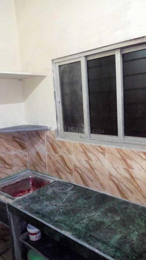 Kitchen Image of 350 Sq.ft 1 BHK Independent House for buy in Dahisar East for 3800000