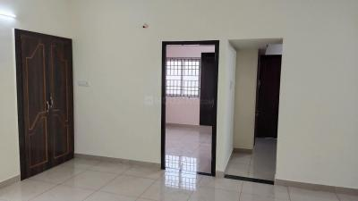 Gallery Cover Image of 1350 Sq.ft 3 BHK Apartment for rent in Velachery for 12500