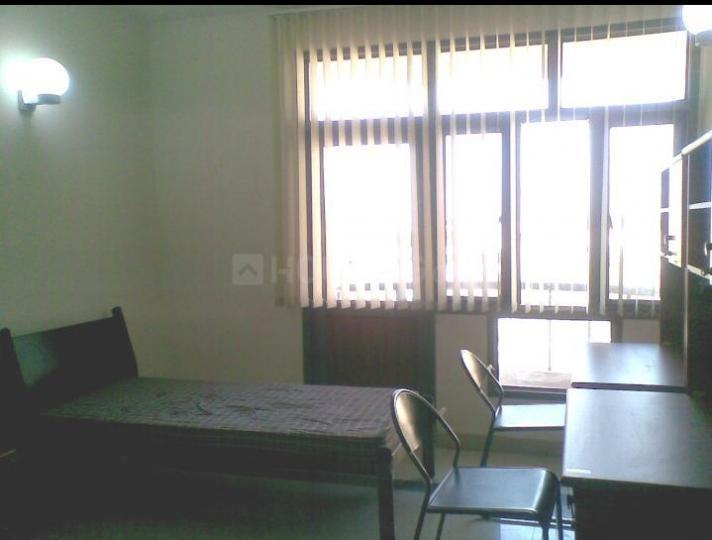 बेगुमपुर में आकाश पीजी के बेडरूम की तस्वीर