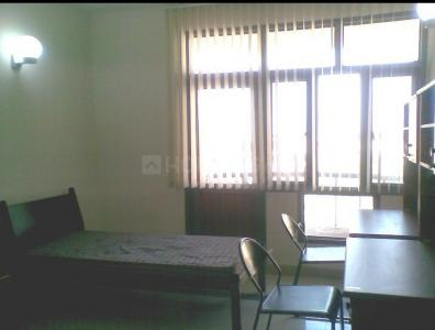 Bedroom Image of Akash PG in Begumpur