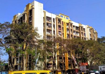 Gallery Cover Image of 1250 Sq.ft 3 BHK Apartment for rent in Goregaon East for 23000