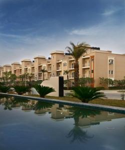 Gallery Cover Image of 1315 Sq.ft 2 BHK Apartment for buy in Sunrakh Bangar for 3940000