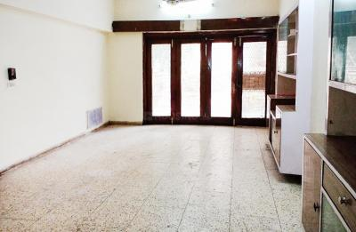 Gallery Cover Image of 2000 Sq.ft 3 BHK Independent House for rent in Janakpuri for 28000