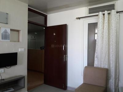 Gallery Cover Image of 533 Sq.ft 1 BHK Apartment for buy in Avadi for 2200000