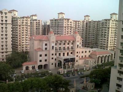 Gallery Cover Image of 1360 Sq.ft 3 BHK Apartment for rent in Sector 42 for 38000