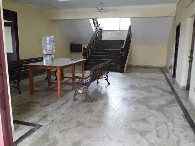 Gallery Cover Image of 8500 Sq.ft 5 BHK Independent House for buy in Kelambakkam for 80000000