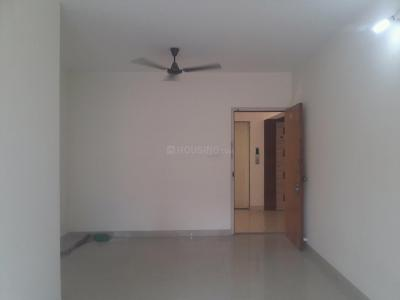 Gallery Cover Image of 650 Sq.ft 1 BHK Apartment for rent in Dadar West for 45000