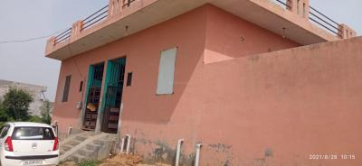 Gallery Cover Image of 500 Sq.ft 3 BHK Independent House for rent in Rock Colony for 4500