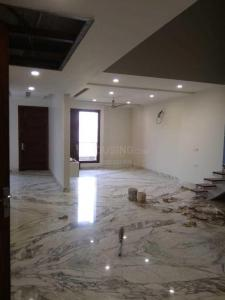 Gallery Cover Image of 1800 Sq.ft 5 BHK Independent Floor for rent in Ashok Vihar for 110000