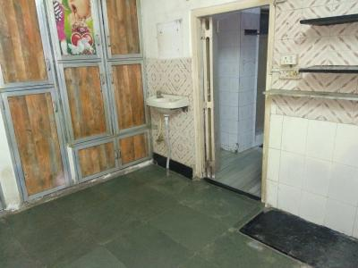 Gallery Cover Image of 450 Sq.ft 1 RK Independent House for rent in Ghatkopar West for 19000