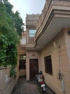 Gallery Cover Image of 9500 Sq.ft 8 BHK Independent House for buy in Sigma I for 15000000