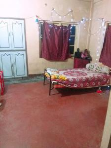 Gallery Cover Image of 500 Sq.ft 1 RK Apartment for rent in Pallysree Heights, Netaji Nagar for 5000