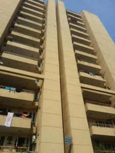Gallery Cover Image of 2370 Sq.ft 3 BHK Apartment for rent in Sector 57 for 38000