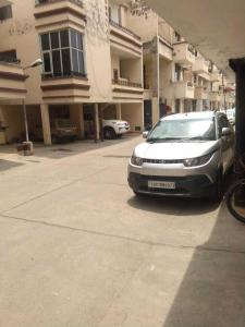 Gallery Cover Image of 1650 Sq.ft 3 BHK Apartment for rent in Sector 111 for 23000