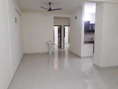 Gallery Cover Image of 1200 Sq.ft 2 BHK Apartment for rent in Karappakam for 15000
