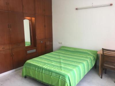 Gallery Cover Image of 2300 Sq.ft 3 BHK Apartment for rent in Gopalapuram for 75000