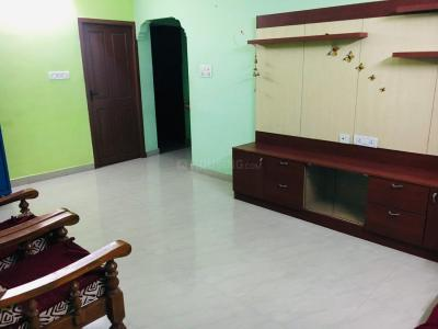 Gallery Cover Image of 800 Sq.ft 1 BHK Apartment for rent in Selaiyur for 9000