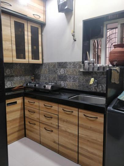 Kitchen Image of 750 Sq.ft 2 BHK Apartment for rent in Ghatkopar East for 35000
