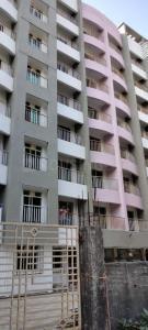 Gallery Cover Image of 975 Sq.ft 2 BHK Apartment for buy in Raas Leela Vrindavan, Mira Road East for 7400000