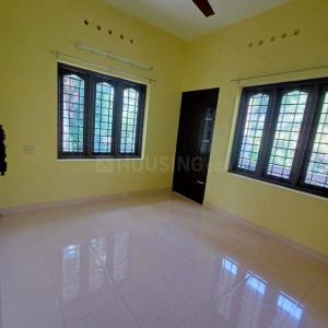 Gallery Cover Image of 800 Sq.ft 2 BHK Independent House for rent in Panangad for 7000