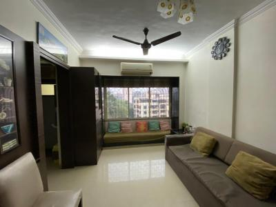Gallery Cover Image of 565 Sq.ft 1 BHK Apartment for rent in Paras Nagar, Kandivali West for 35000
