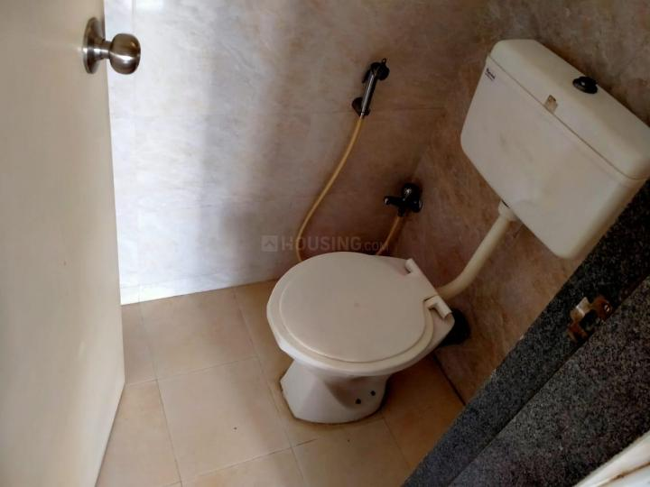 Common Bathroom Image of 650 Sq.ft 1 BHK Apartment for rent in Taloje for 7500