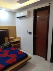 Gallery Cover Image of 700 Sq.ft 1 RK Independent Floor for rent in Pitampura for 12500